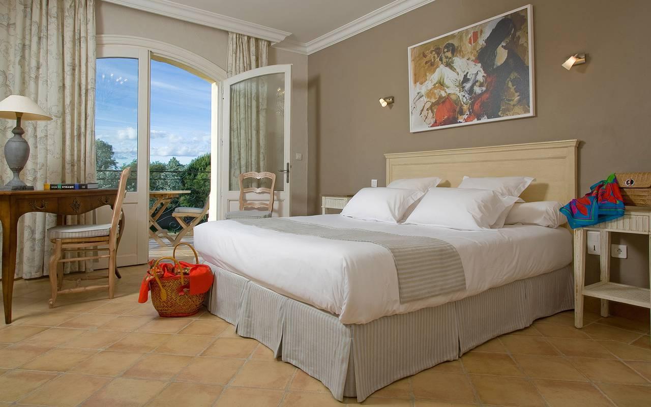 Chambre élégante hôtel de charme Camargue