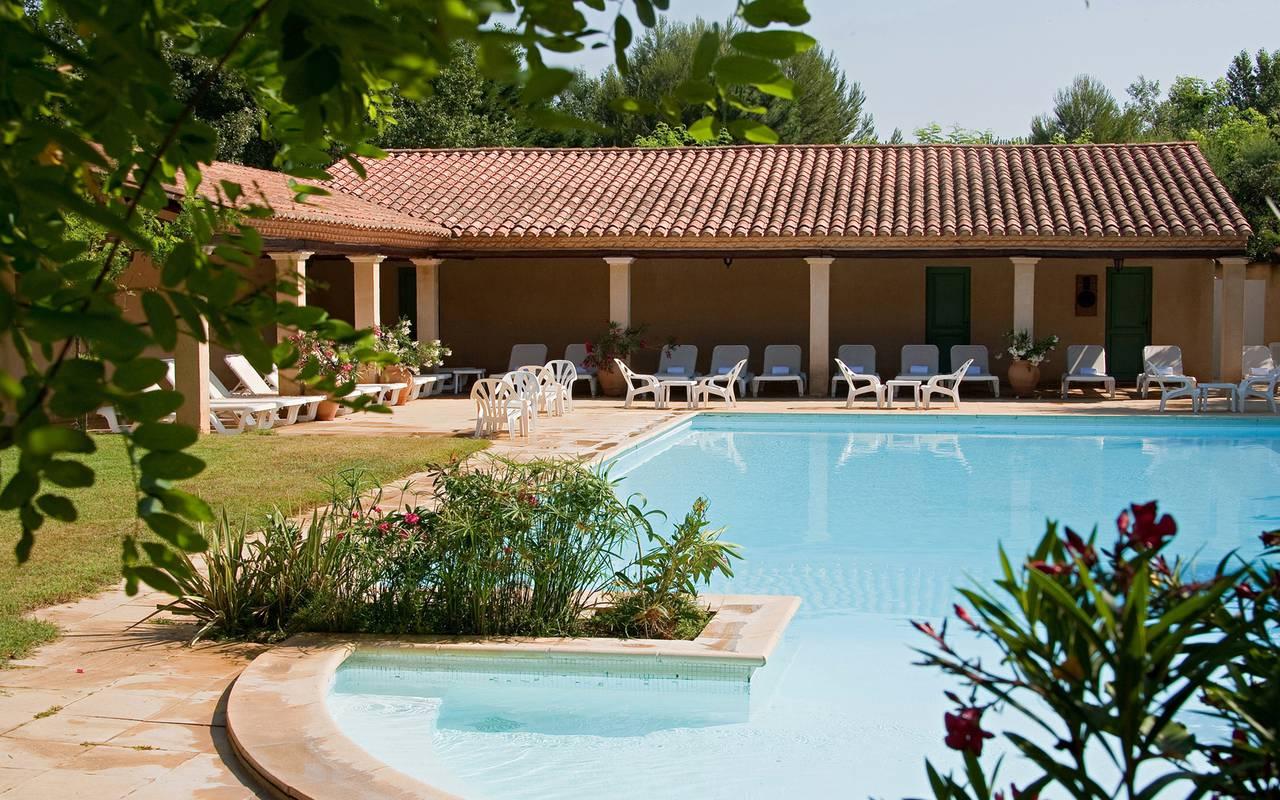 hotel charme nimes piscine. Black Bedroom Furniture Sets. Home Design Ideas
