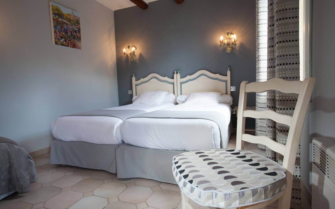 Room careful decorated charming hotel Aigues mortes
